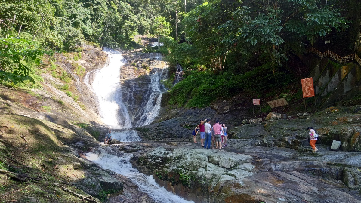2017 Drive from Singapore to Thailand - Day 15 - Lata Iskandar Falls