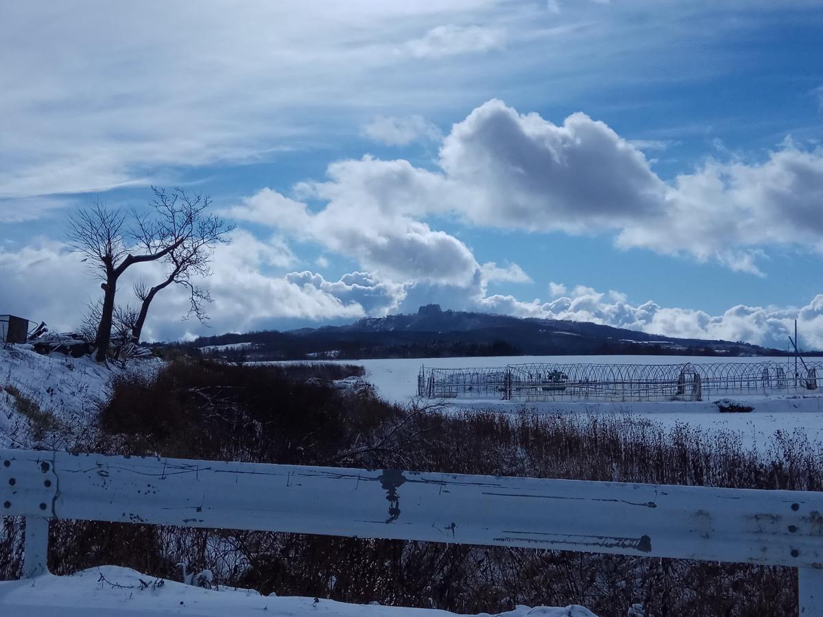 Hokkaido Winter Drive – Niseko to Lake Toya & Noboribetsu